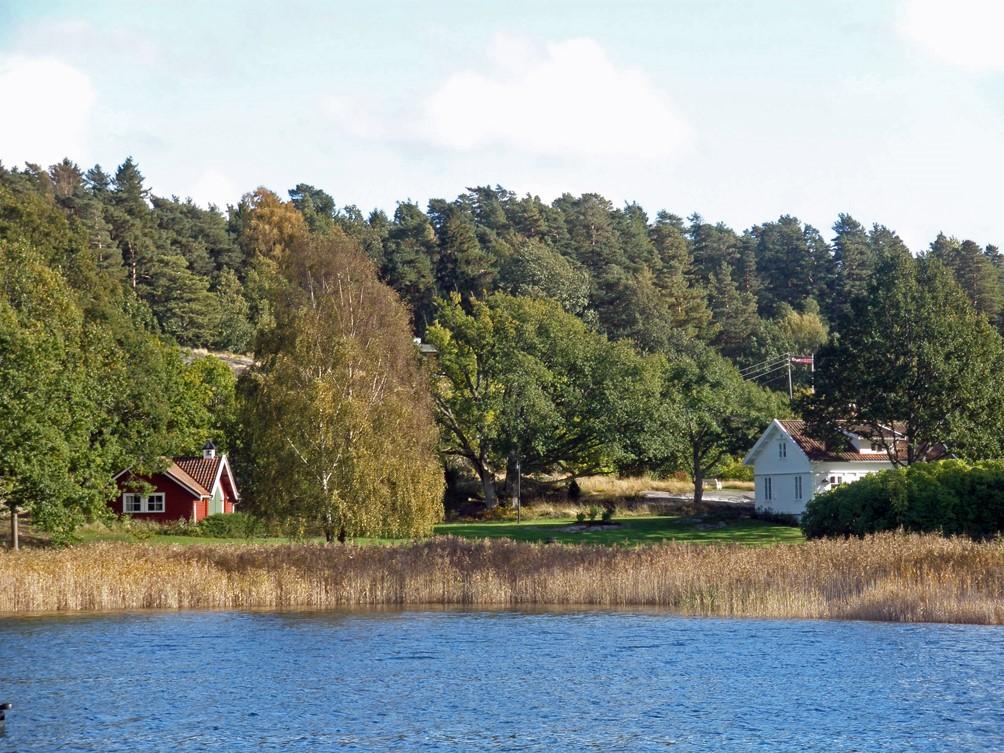 Utsikt til landstedet fra Vallekjær